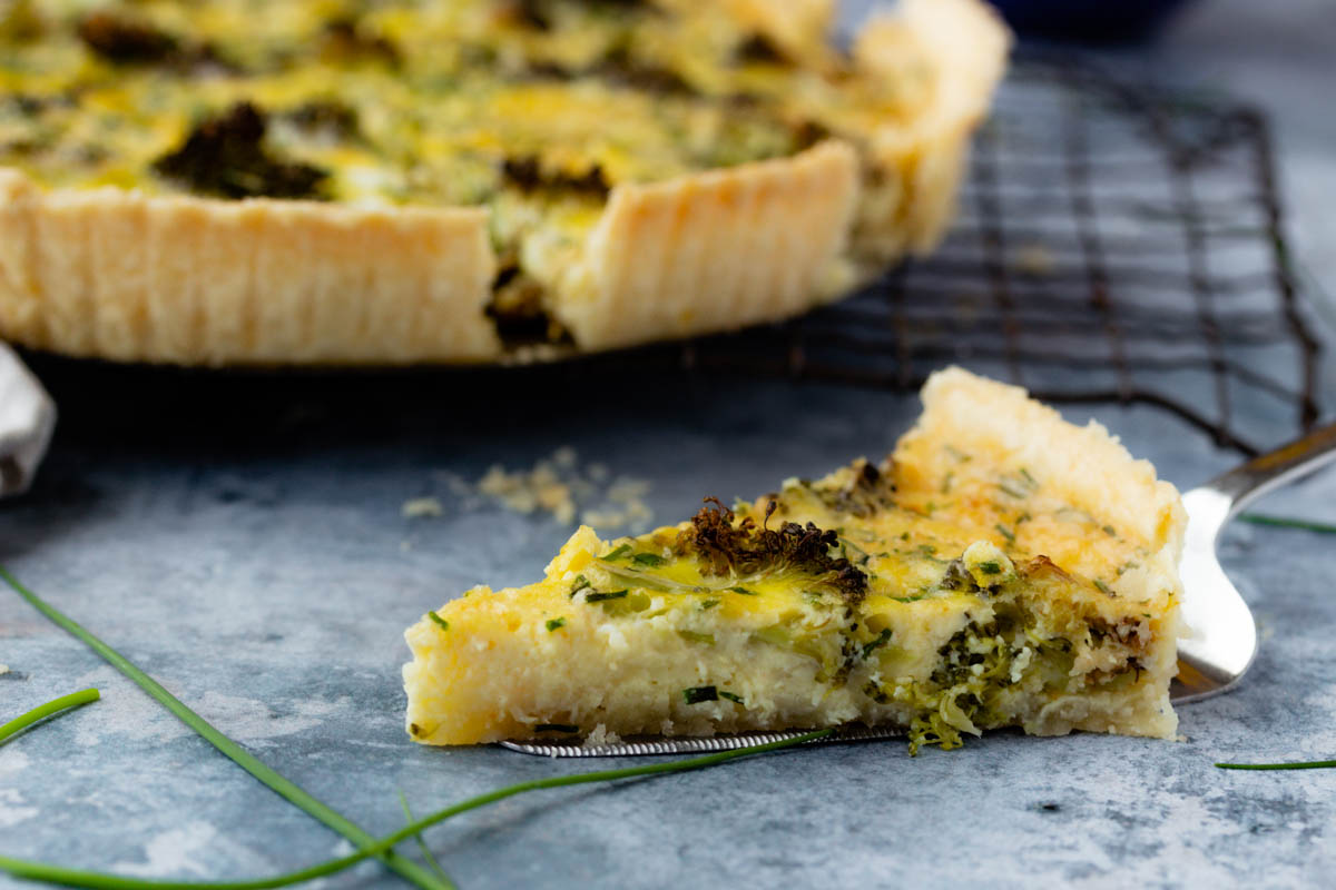 Roasted Broccoli Cheddar Quiche